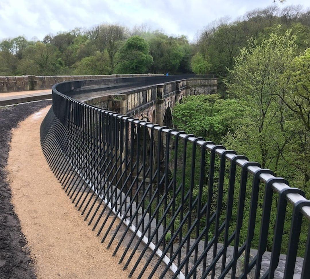 Bisca Architectural Railing Marple Aqueduct 14